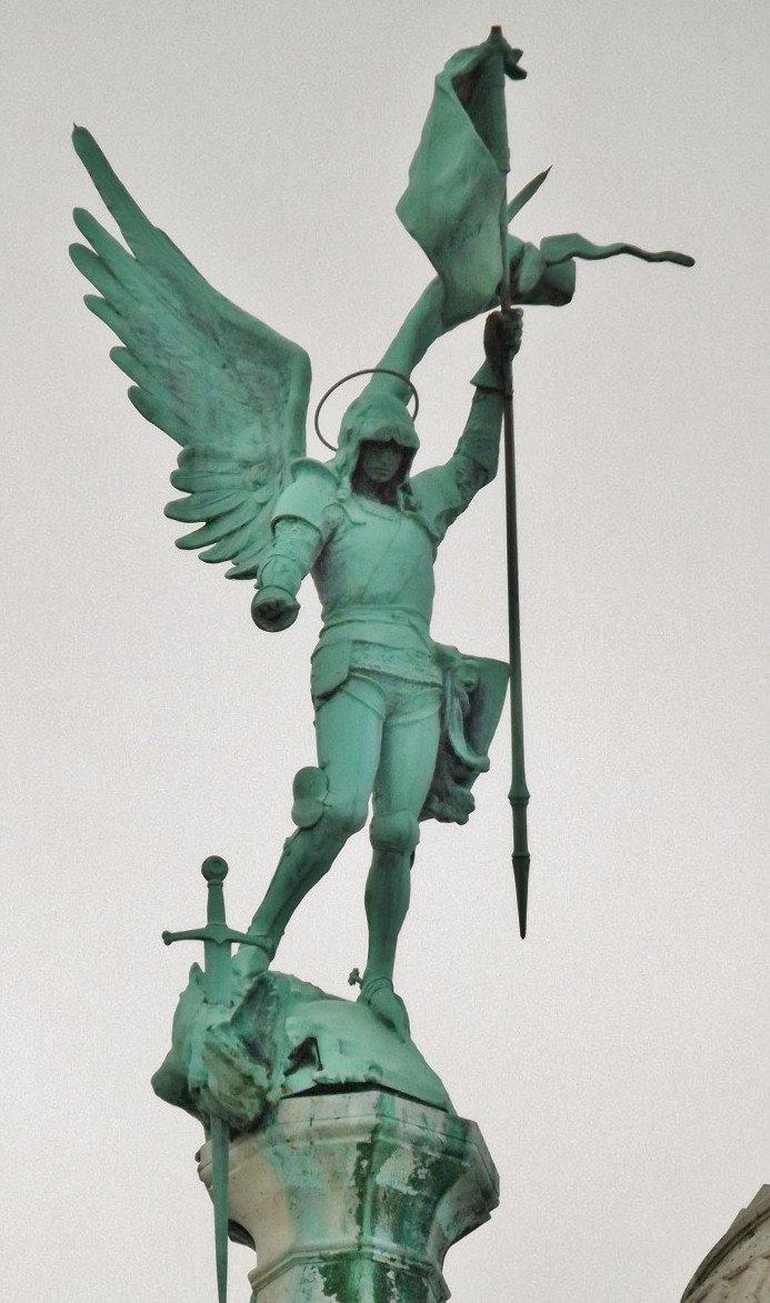 archange-sacre-coeur