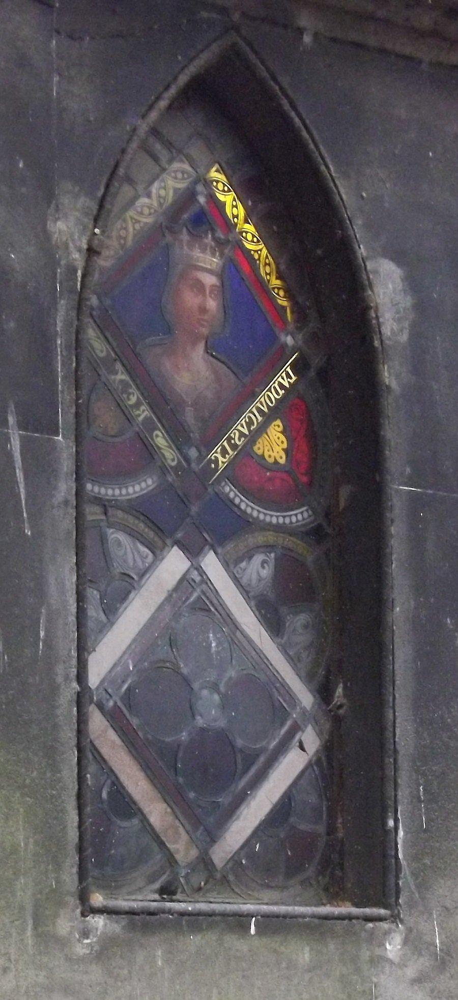 chapelle au vitrail de Saint-Louis 2
